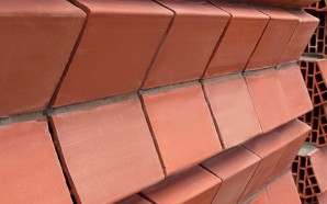 Innovative heat-dispersing clay bricks help keep homes naturally cool