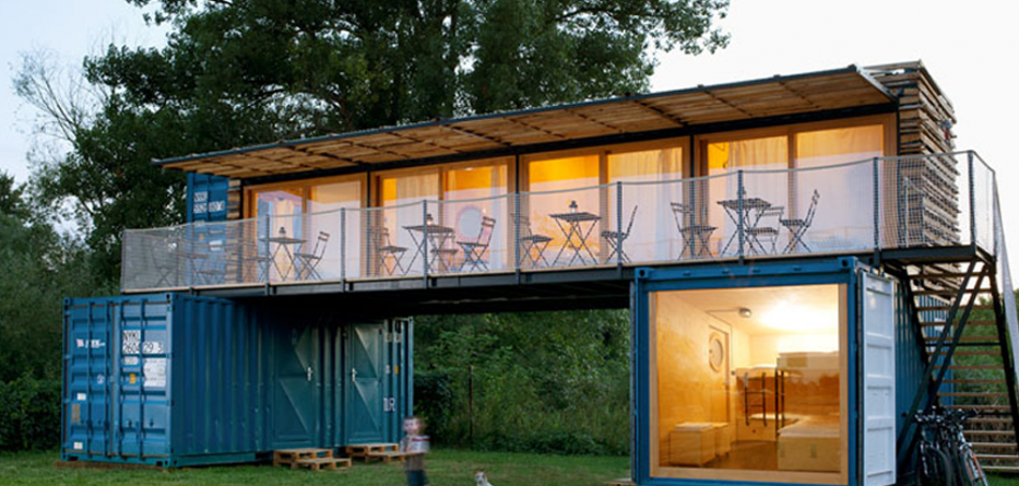 shipping-container-architecture-hotel-270417-1210-01