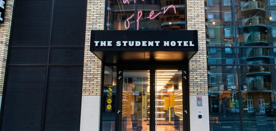 modern-hotel-architecture-060317-1104-02