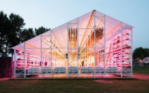 Overtreders W creates zero-waste barn and restaurant for Dutch festival